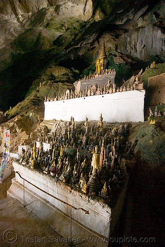 old damaged buddha statues - lower pak ou cave near luang prabang (laos), buddha images, buddha statues, buddhism, damaged, laos, luang prabang, old, pak ou caves temples, sculpture, statue