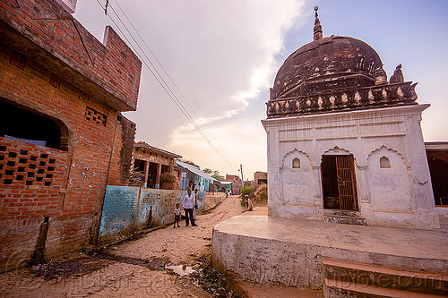 old hindu shrine in indian village, hinduism, india, khoaja phool, monument, shrine, village, खोअजा फूल