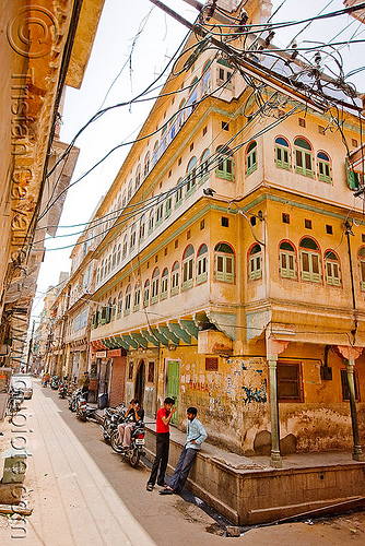 old house in jaipur (india), facade, jaipur, old house, street