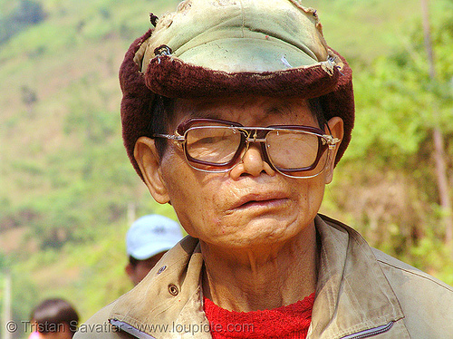old man with glasses - vietnam, eyeglasses, eyewear, hill tribes, indigenous, old man, prescription glasses, reading glasses, spectacles, vietnam