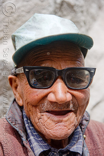 old man with sunglasses - leh (india), cap, ladakh, leh, old man, sunglasses, लेह