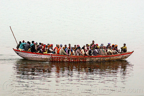 overcrowded river boat (india), crowd, crowded, ganga river, ganges river, men, overcrowded, overloaded, river boat, sailing, varanasi, water