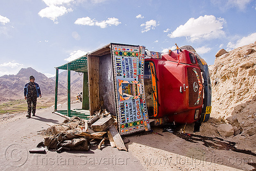 overturned truck - khardungla pass - ladakh (india), crash, india, khardung la pass, ladakh, lorry, man, mountain pass, overturned truck, road, rollover, tata motors, traffic accident, truck accident, wreck