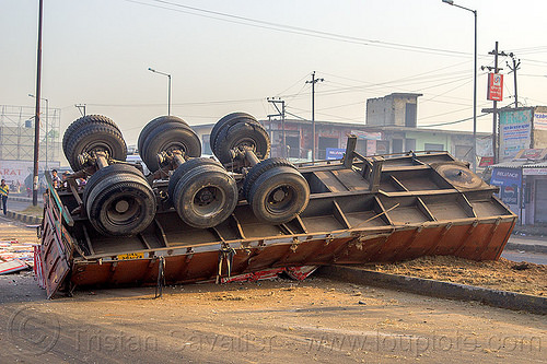 overturned truck trailer (india), artic, articulated truck, big-rig, crash, median, overturned, road, rollover, semi trailer, street, tractor trailer, traffic accident, underbelly, wheels, wreck