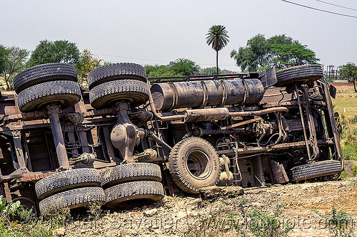 overturned truck underbelly (india), 2515 cex, crash, lorry, overturned, road, rollover, tata motors, traffic accident, truck accident, underbelly, wheels, wreck