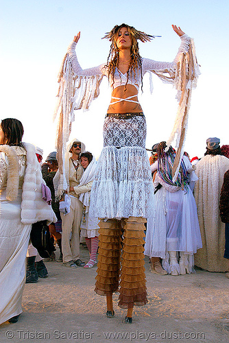 pema at the silent white procession - burning man 2007, dawn, people, stilt walkers, stilts, stiltwalker, stiltwalking, sun rise, white morning, woman