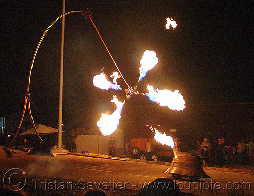pendulum of fire, fire art, fire arts festival, flames, pendulum of fire, pyrokinetics, the crucible