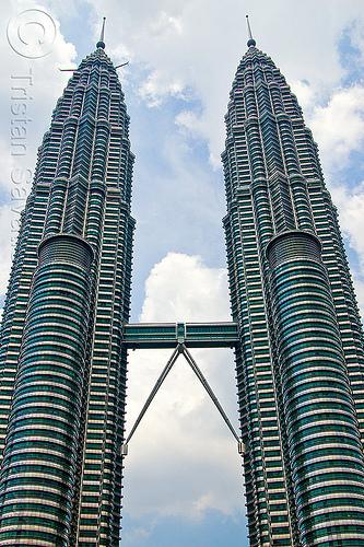 petronas towers - kuala lumpur, architecture, bridge, buildings, high-rise, kuala lumpur, petronas towers, skyscrapers, twin towers, walkway