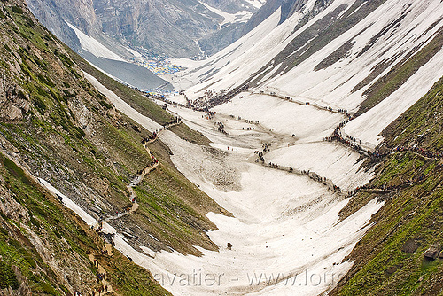 pilgrims on trails - valley - amarnath yatra (pilgrimage) - kashmir, amarnath yatra, kashmir, mountain trail, mountains, pilgrimage, pilgrims, snow, trekking, valley, yatris, अमरनाथ गुफा