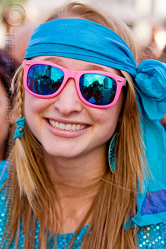 pink and blue mirror sunglasses, blue mirror sunglasses, how weird festival, kandi kid, kandi raver, pink, plur, rave fashion, woman