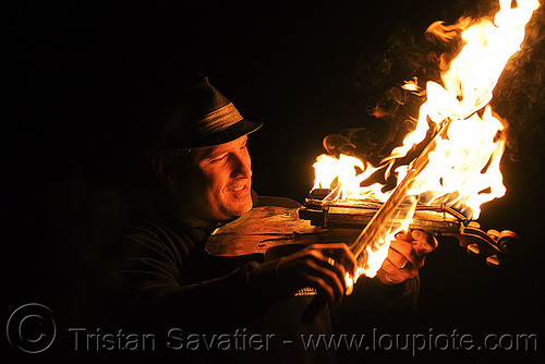 playing fire violon, david shuttleworth, fire performer, fire violin, firish, flames, man, night, playing, violinist