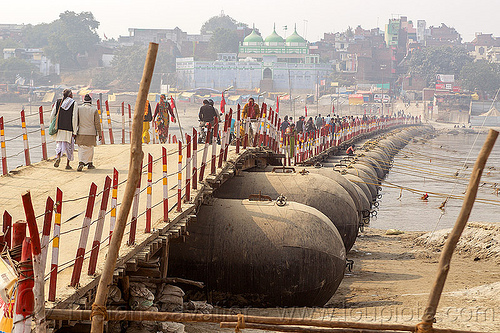 pontoon bridge (floating bridge) over the ganges river - kumbh mela 2013 (india), daraganj, foot bridge, ganga river, hindu, hinduism, infrastructure, kumbha mela, maha kumbh mela, metal tanks, people, walking, water