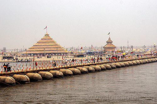 pontoon bridge over the ganges river - kumbh mela 2013 (india), ashrams, floating bridge, foot bridge, ganga river, ganges river, hindu, hinduism, infrastructure, kumbha mela, maha kumbh mela, metal tanks, pontoon bridge, pyramid, walking, water