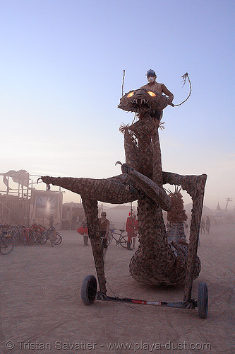 praying mantis - burning-man 2006, art car, burning man, praying mantis