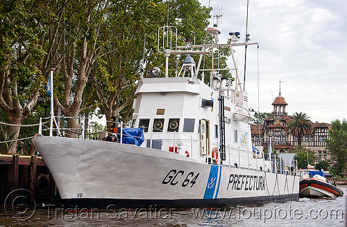 prefectura naval argentina - coast guard cutter, blohm + voss, boat, coast guards, cutter, delta de tigre, docked, gc-64, military, pna, prefectura naval, river, ship, tres bocas, water, z-28 class
