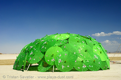 psy trance hut (?) - burning man 2007, art installation, burning man, dome, igloo, japanese umbrellas, psy trance hut