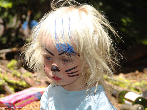 punk-rock-kitty - rainbow gathering - hippie, child, face painting, facepaint, hippie, kid, little girl, painted