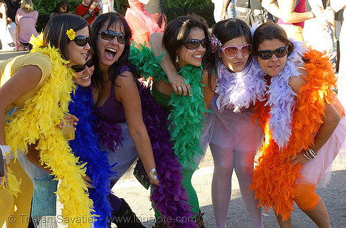 rainbow girls - san francisco lovefest 2007, feather boas, festival, love fest, lovevolution, rainbow colors, women