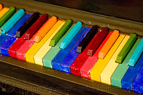 rainbow piano, piano keyboard, rainbow colors, twinspace continuum