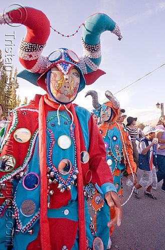 red and blue diablo de carnaval - tilcara (argentina), andean carnival, careta, careta de diablo, costume, diablo carnavalero, folklore, horns, indigenous, indigenous culture, man, mask, mirrors, noroeste argentino, people, quebrada de humahuaca, tribal