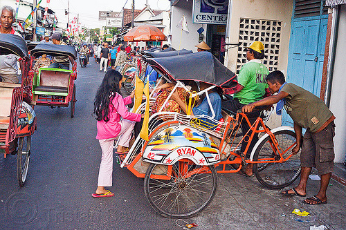 rickshaws in jogja, 42, becaks, cycle rickshaws, cyclo, indonesia, jogja, ryan, yogyakarta