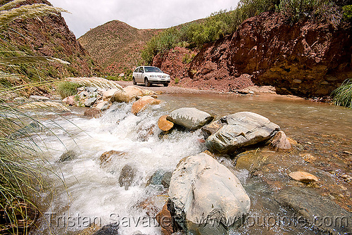 river crossing with a volskwagen gol, abra el acay, acay pass, argentina, car, fording, gol, golf, noroeste argentino, river crossing, volkswagen
