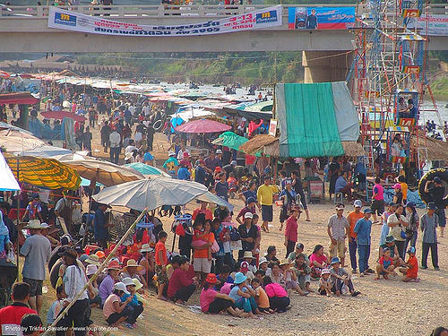 river fair - tha ton - near fang (thailand), beach, crowd, festival, river fair, songkran, tha ton, ประเทศไทย, สงกรานต์