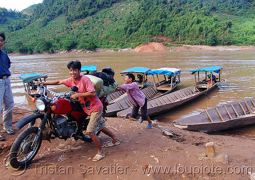 river ferry crossing - vietnam, 125cc, ferry boat, men, minsk motorcycle, motorbike touring, motorcycle touring, people, river crossing, river ferries, road, small boats, минск 125, мотоциклы