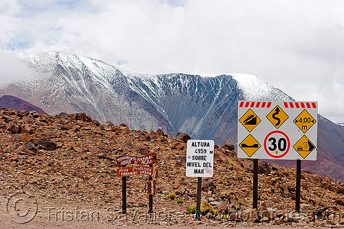 road signs - abra el acay - acay pass (argentina), abra el acay, acay pass, mountain pass, mountains, noroeste argentino, road signs, traffic sign