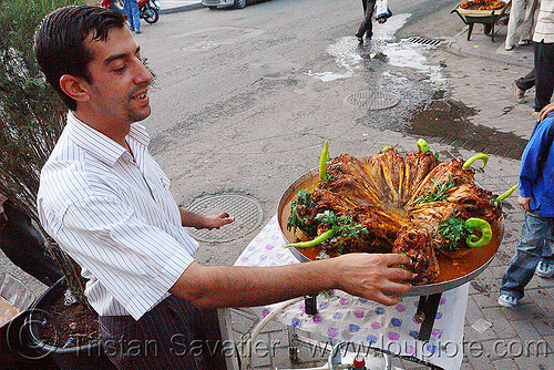 roasted goat heads - kurdish street food - serûpê, barbecued, bbq, chevon, chili pepper, cooked, diyarbakir, diyarbakır, goat heads, halal meat, kurdish, kurdistan, man, mutton, parsley, roasted, serûpê, street food, street seller, street vendor
