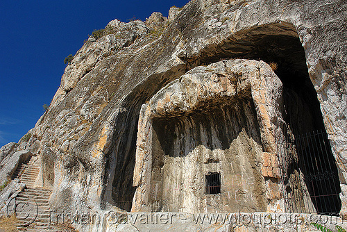 rock-tomb of a pontic king (amasya), amaseia, amasya, archaeology, cliff, harşena, mountain, pontic kings, pontus, rock cut, rock tombs, vertical