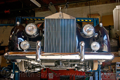 rolls-royce silver cloud, 1960, automobile, black, brake shoes, chrome, clasic car, drum brakes, fixing, front, grid, headlights, jacked-up, lifted, mechanic, repairing, rolls-royce, silver cloud ii