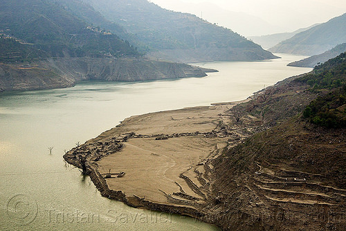 ruins of submerged village - tehri dam lake (india), artificial lake, bhilangna valley, mountains, reservoir, ruins, tehri lake, village, water