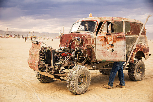 rusty truck - mutant vehicle - burning man 2016, art car, burning man, mutant vehicles, rusty, truck