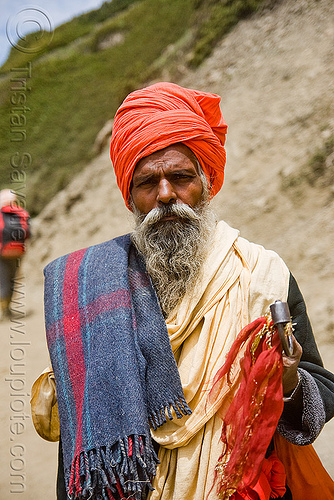 sadhu (hindu holy man) with blanket - amarnath yatra (pilgrimage) - kashmir, amarnath yatra, baba, beard, blanket, hiking, hindu holy man, hindu pilgrimage, hinduism, india, kashmir, mountain trail, mountains, old man, pilgrim, sadhu, trekking