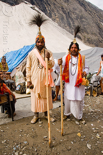 sadhus (hindu holy men) with ceremonial head dresses - amarnath yatra (pilgrimage) - kashmir, amarnath yatra, babas, hindu holy men, hinduism, kashmir, man, mountains, pilgrimage, pilgrims, sadhus, trekking, yatris, अमरनाथ गुफा