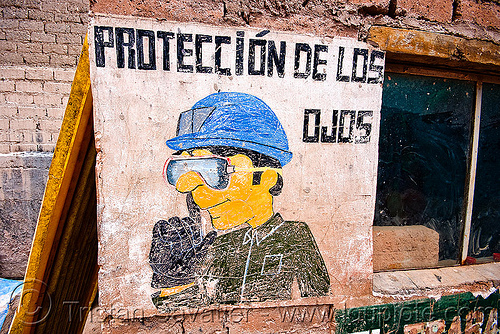 "safety goggles sign - ""protección de los ojos"", bolivia, cerro rico, man, mina candelaria, mine worker, miner, mining, potosí, safety goggles, safety sign"