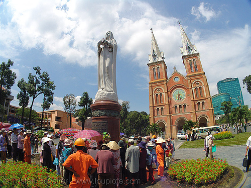 saigon cathedral - virgin mary - vietnam, cathedral, church, fisheye, ho chi minh city, madonna, people, pilgrim, praying, religion, saigon, virgin mary