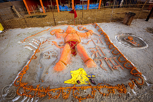 sand sculpture of hanuman (india), altar, bhagwa, deity, flowers, god, hindu, hindu deity, hindu god, hinduism, kumbh mela, kumbha mela, maha kumbh, maha kumbh mela, marigold flowers, offerings, orange color, orange flowers, saffron color, sand altar