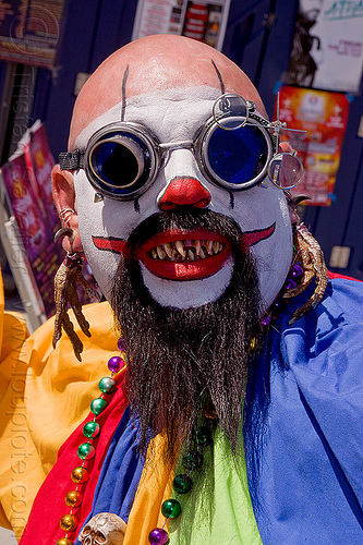 scary clown, beard, costume, facepaint, fake teeth, festival, how weird festival, man, people, steampunk, steampunk glasses, white makeup
