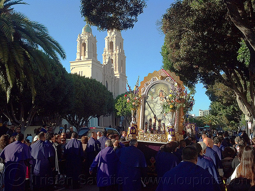 señor de los milagros - catholic procession near mission dolores (san francisco), church, crowd, float, lord of miracles, madonna, mission dolores, mission san francisco de asís, painting, parade, paso de cristo, peruvians, sacred art, señor de los milagros, virgen, virgin mary