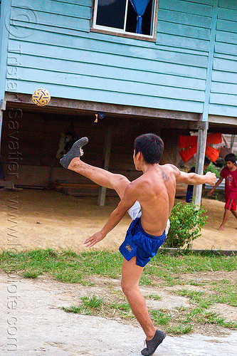 sepak raga - takraw player (borneo), ball game, borneo, gunung mulu national park, kick volleyball, malaysia, man, panan, penan people, player, playing, sepak raga, sepak takraw, sport