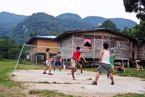 sepak takraw ballgame, ball game, batu bungan village, field, gunung mulu national park, kick volleyball, men, net, panan, penan people, player, playing, rattan ball, sepak raga, sepak takraw, sport