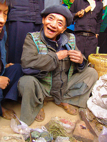 shaman - medicine man - vietnam, healer, healing, hill tribes, indigenous, market, mèo vạc, people, vietnam shaman