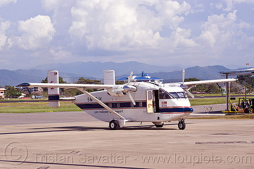 short SC-7 skyvan, aircraft, airport, boxy, miri, pan malaysian air transport, parked, propeller plane, small plane, tarmac, turbo prop