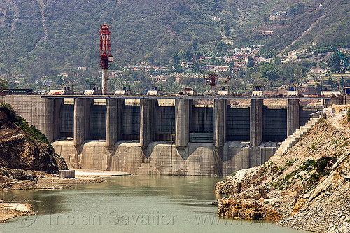 shrinagar dam (india), alaknanda river, alaknanda valley, construction crane, hydro electric, infrastructure, shrinagar dam, tainter gates, water