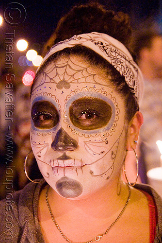 skull makeup - dia de los muertos - halloween (san francisco), day of the dead, dia de los muertos, face painting, facepaint, halloween, night, people, sugar skull makeup, woman