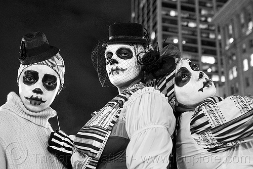 skull makeup, adtc, ampey!, ase dance theater collective, costume, dia de los muertos, embarcadero, face painting, facepaint, halloween, hats, journey to the end of the night, justin herman plaza, people, skull face paint, skull face painting, veil, women