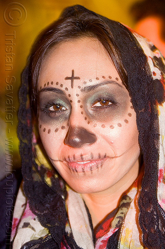 skull makeup with cross - black lace headdress, black lace headdress, cross, day of the dead, dia de los muertos, dots, face painting, facepaint, halloween, night, sugar skull makeup, woman