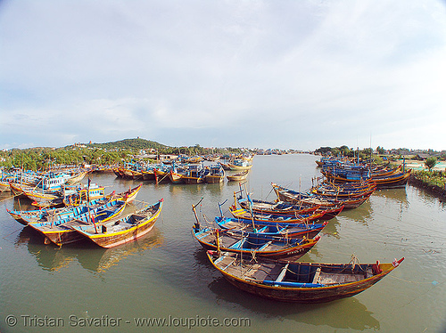 small fishing boats mooring - phan thiet - vietnam, estuary, fisheye, mooring, phan thiet, river, small boats, small fishing boats, water